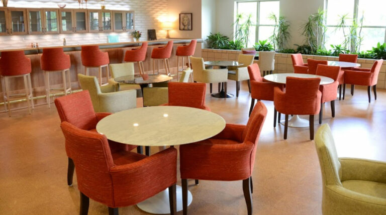 Silvercrest at College View Dining Room
