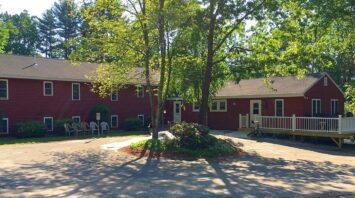 assisted living at pine hill windham nh