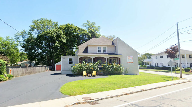bella villa independent and assisted living riverside ri
