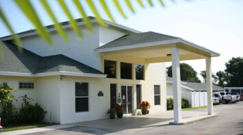 broadmoor assisted living fort pierce fl