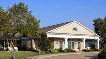 country gardens assisted living community muskogee ok