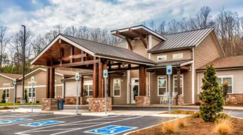pinnacle assisted living knoxville tn
