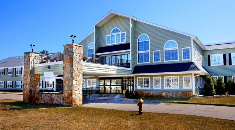the village at willow crossings mansfield ma
